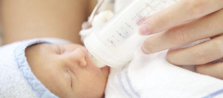 Бутылочки для кормления недоношенных новорожденных малышей